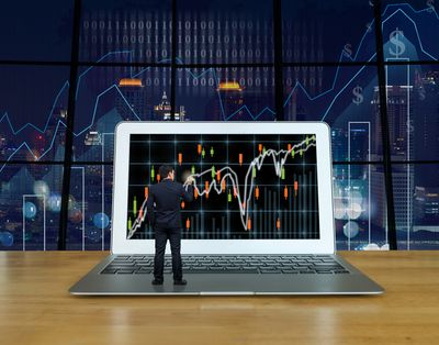 gettyimages 588570312 5bf3145246e0fb0051270306 - The Need For Intelligence In Trading To Make It Work